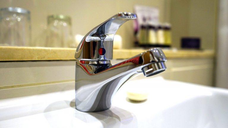 tap, water, faucet-1937219.jpg